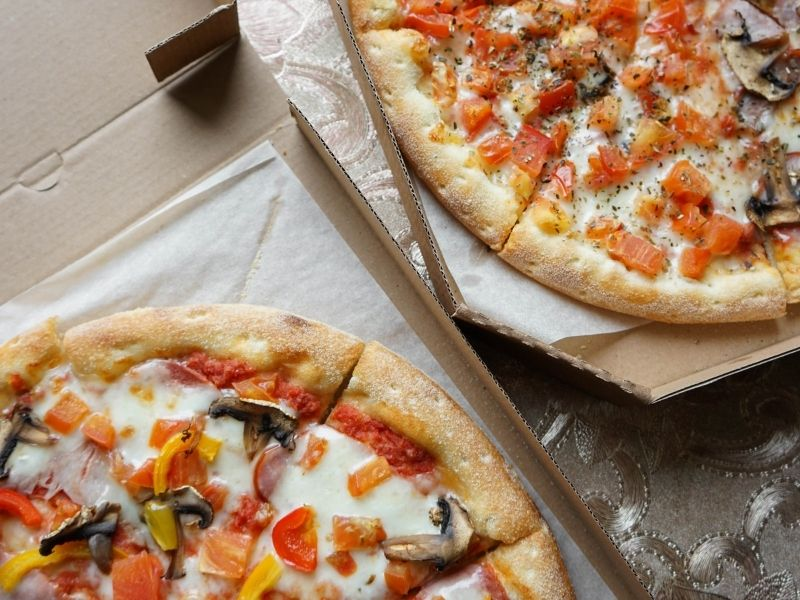 Installateur de distributeurs automatiques de pizzas à Niort, Angers, La Rochelle, Nantes et Fontenay Le Compte